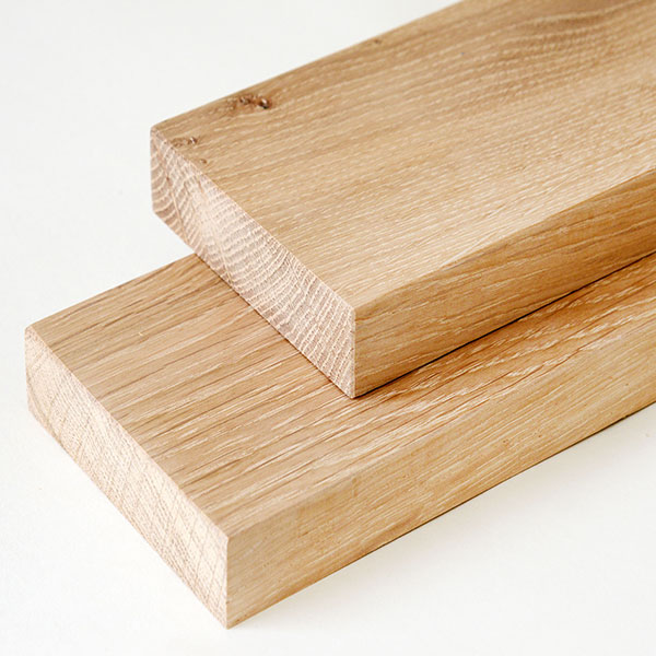 Sawn timber kiln dried hardwood boards