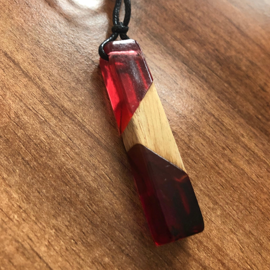 Oak & Red coloured Resin Necklace