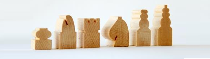 Maple chess Pieces